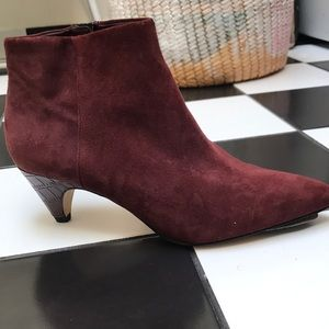 Sam Edelman kitten heel ankle boot